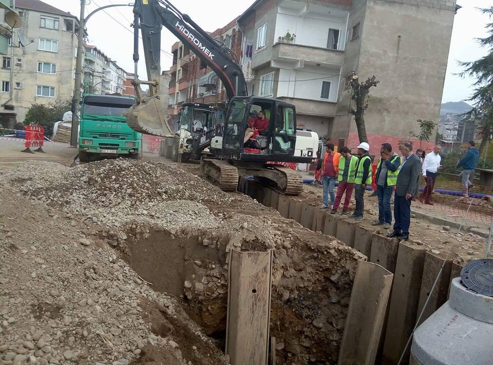 15 Temmuz Caddesinde Atık su projesi çalışması başladı