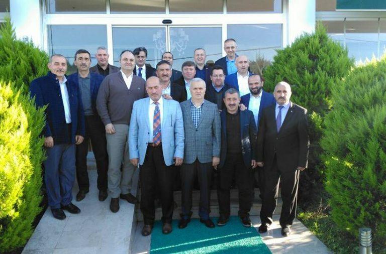 Başkan Yakar Belediye Başkanları toplantısına katıldı