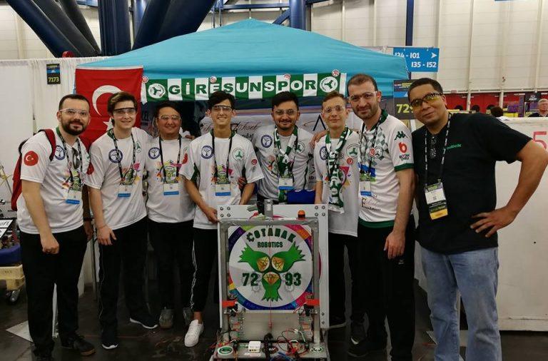 Belediyemizin katkılarıyla Çotanak Robotics 7293 Takımı ABD Houston Dünya Şampiyonasında